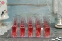 Сватбен комплект: Тава с 20 пластмасови чашки