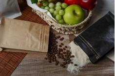 Doy Pack алуминиеви торбички с клапан, външна хартиена подплата от крафт, затваряне с термоуплътнение, отваряне с предпазна лента и използване на цип, идеално за кафе на прах 125x65x195 mm - 25 бр (НЕ МОЖЕ ДА СЕ ЗАПЕЧАТА РЪЧНО)