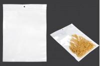 Пластмасови пликове  с цип 300x400 mm, с бял гръб и с прозрачна предна част, с дупка - 100 бр