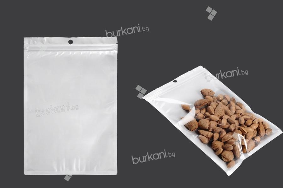 Пластмасови пликове с цип затваряне с размери 160x240 мм, с бял гръб и предна прозрачна част, с дупка - 100 бр.