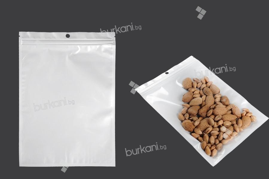 Пластмасови пликове с цип 180x260 мм, с  бял гръб и прозрачна предна част, с дупка   - 100 бр
